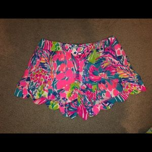 Lilly Pulitzer Dahlia Shorts in Multi Gumbo Limbo